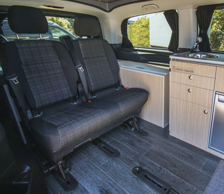 Mercedes 2er Sitzbank mit Bettmodul